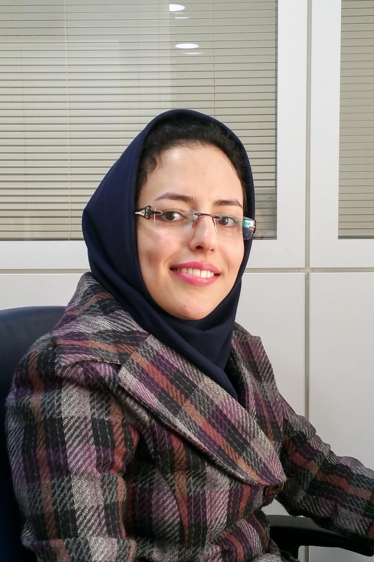 خانم ناصری کنترل پروژه